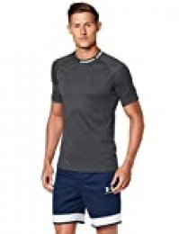 Under Armour Challenger III Training Top Transpirable para Hacer Deporte, Camiseta para Hombre, Negro, MD