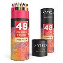 Arteza Lápices de dibujo de colores | Pack de 48 lapiceros de madera ergonómicos con forma triangular | Lápices de colores | Afilados de fábrica
