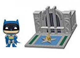 Funko- Pop Towns 80th-Hall of Justice w/Batman Collectible Figure, Multicolor (44469)