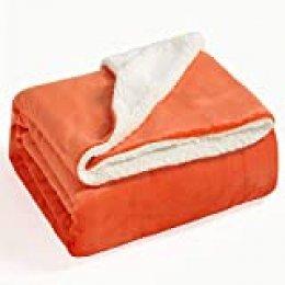 Bedsure Manta Reversible de Franela/Sherpa 220x240cm - Manta para Cama 135/150 de 100% Microfibra Extra Suave - Manta de Felpa Naranja