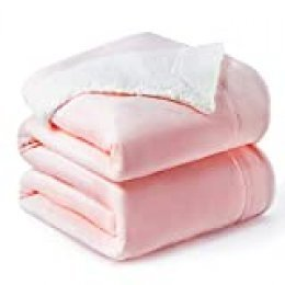 Bedsure Manta Reversible de Franela/Sherpa 220x240cm - Manta para Cama 135/150 de 100% Microfibra Extra Suave - Manta de Felpa Rosa