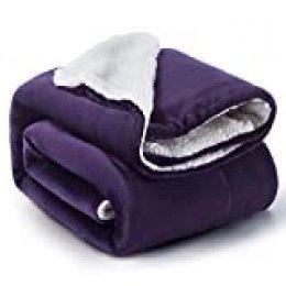 Bedsure Manta Reversible de Franela/Sherpa 150x200cm Morada - Manta para Cama 90 Púrpura de 100% Microfibra Extra Suave - Manta de Felpa Violeta