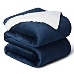 Bedsure Manta Reversible de Franela/Sherpa 220x240cm - Manta para Cama 135/150 de 100% Microfibra Extra Suave - Manta de Felpa Azul Marino